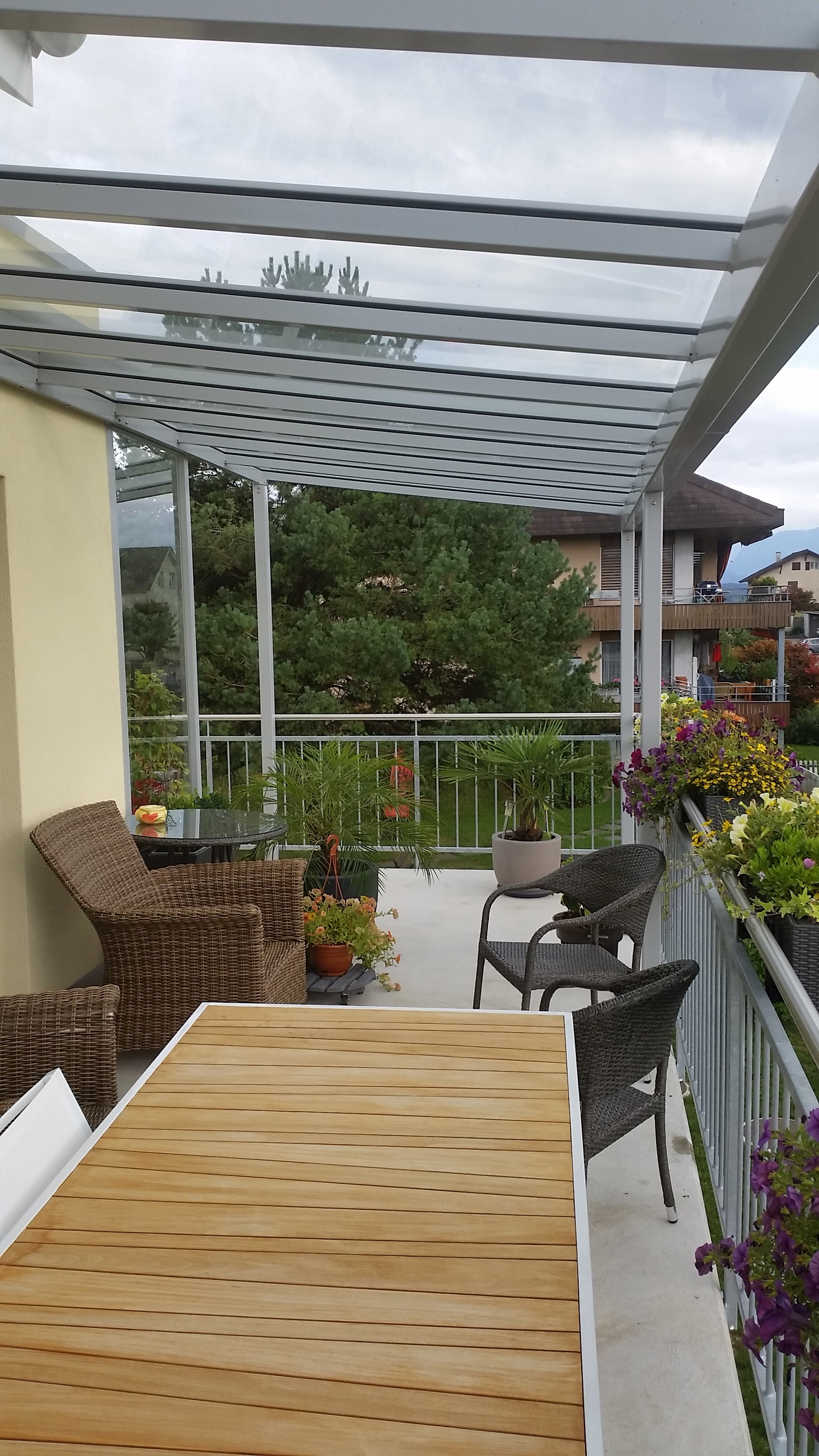 Fabulous With Metallbau AG - Balkon-Glasdach mit Windschutz OS81
